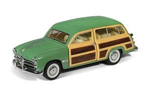 Машина 1:4038 1949 Ford Woody Wagon